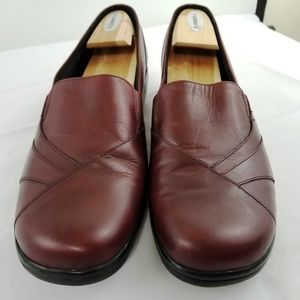 Clarks Burgundy Leather Wedge Loafer #84631